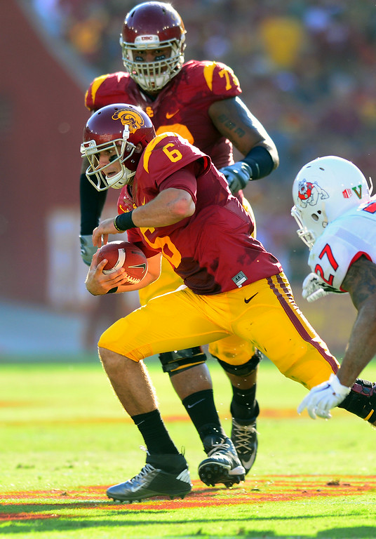 . USC QB Cody Kessler scrambles against Fresno State, Saturday, August 30, 2014, at the L.A. Memorial Coliseum. (Photo by Michael Owen Baker/Los Angeles Daily News)