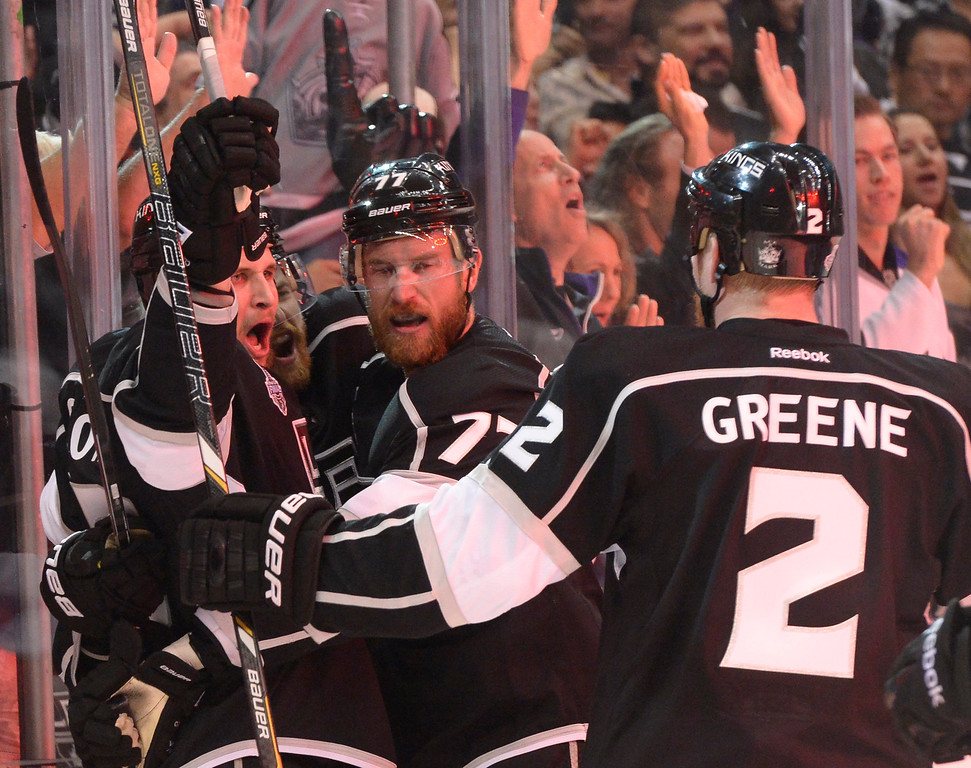 . Kings celebrate a goal by Kyle Clifford in the first period. The Los Angeles Kings faced the New York Rangers in game 1 of the Stanley Cup Finals. Los Angeles, CA. 6/4/2014(Photo by John McCoy / Los Angeles Daily News)