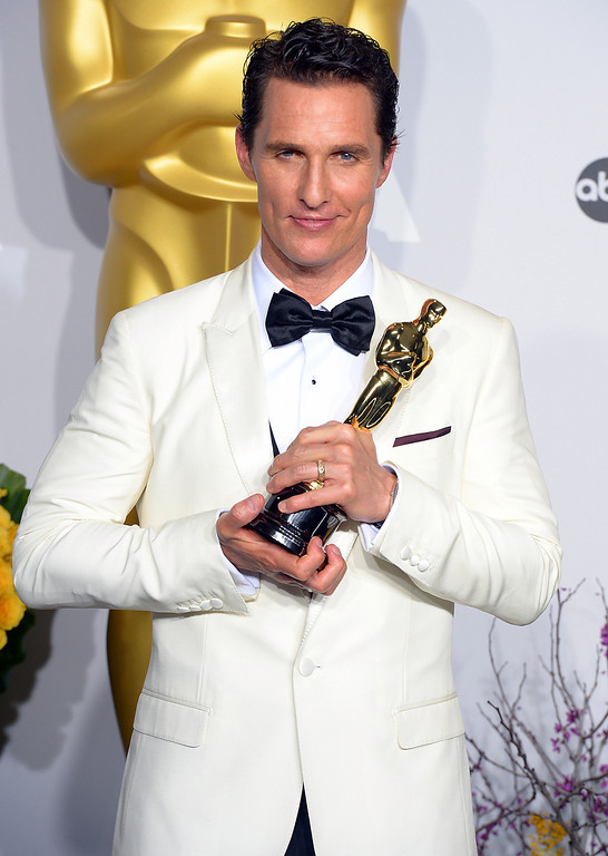 . Matthew McConaughey accepts the Best Performance by an Actor in a Leading Role award for \'Dallas Buyers Club\' backstage at the 86th Academy Awards at the Dolby Theatre in Hollywood, California on Sunday March 2, 2014 (Photo by David Crane / Los Angeles Daily News)