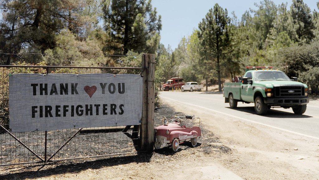 """. (8-9-13-Banning--Metro--A sign read \""""Thank you Firefighters in the Twin Pines Rancho area south of Banning during the Silver Fire  Friday August 9, 2013. The Fire burned 11,000 acres.LaFonzo Carter/ Staff Photographer"""