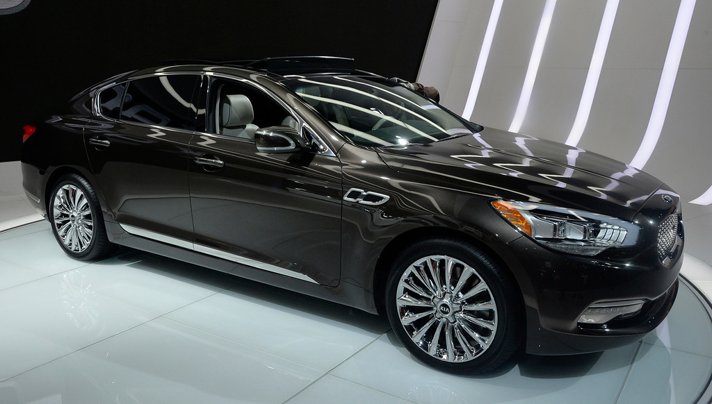 . Nov 22,2013 Los Angeles CA. The new 2014 KIA K900  on displays during the 2nd media day at the Los Angeles Auto Show.The show opens today Friday and runs through Dec 1st. Photo by Gene Blevins/LA Daily News