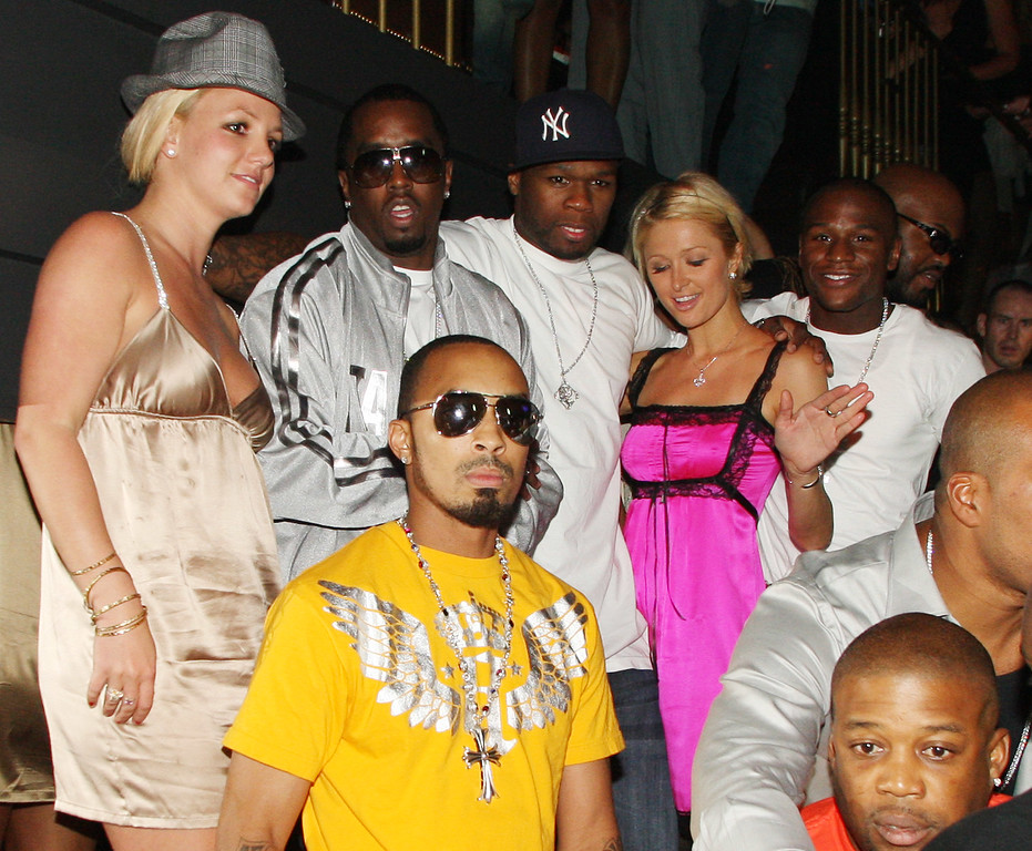 ". Britney Spears, Sean ""Diddy\"" Combs, 50 Cent, Paris Hilton and Floyd Mayweather Jr. attend the 50 Cent record release party at The Hard Rock Casino on Sept. 8, 2007 in Las Vegas, NV on Saturday Sept. 8, 2007.  The Hard Rock is celebrating Rolling Stone Magazine\'s 40th Anniversary during MTV Video Music Awards weekend. (AP Photo/Chris Polk)"