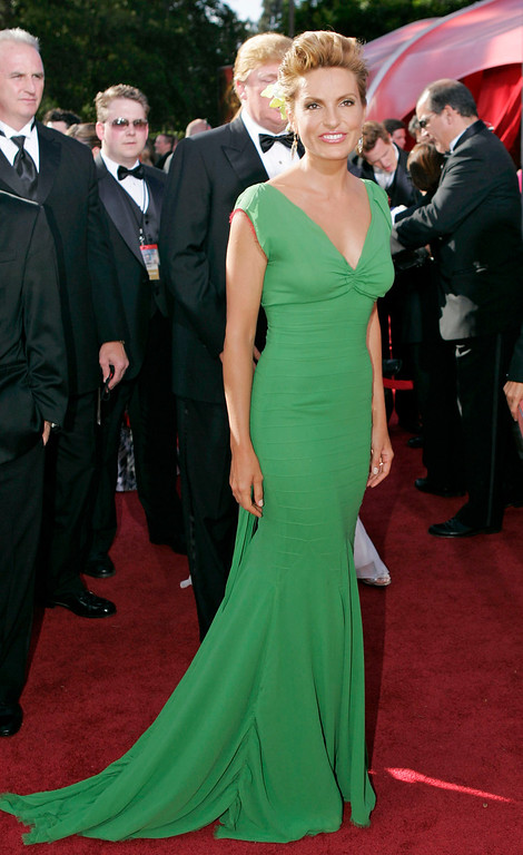 ". Mariska Hargitay arrives for the 56th Annual Primetime Emmy Awards Sunday, Sept. 19, 2004, at the Shrine Auditorium in Los Angeles. Hargitay is nominated for outstanding lead actress in a drama series for her work on ""Law & Order: Special Victims Unit.\"" (AP Photo/Mark J. Terrill)"