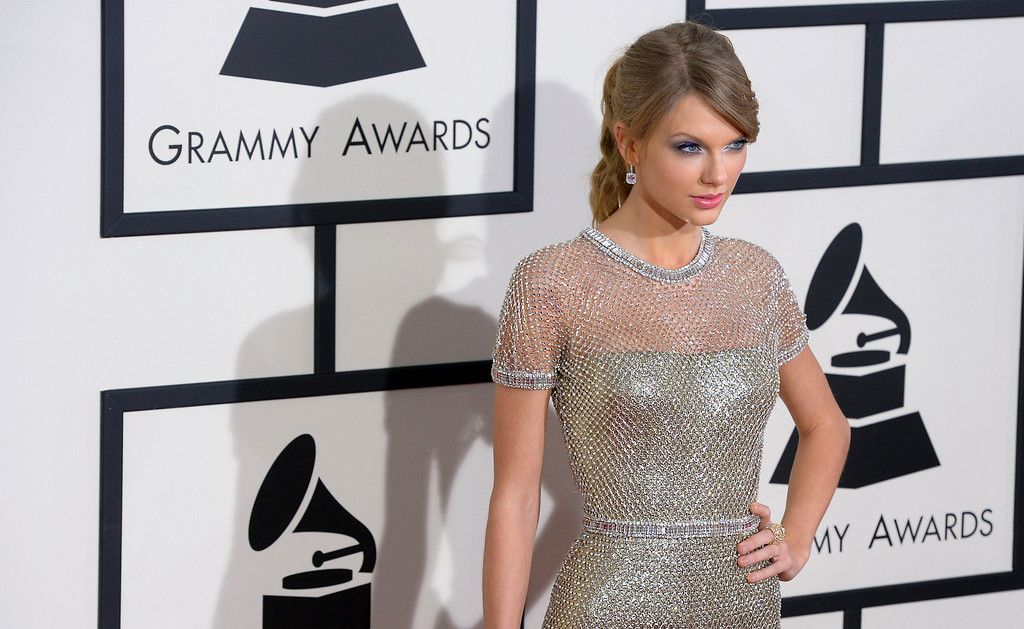. Taylor Swift arrives at the 56th Annual GRAMMY Awards at Staples Center in Los Angeles, California on Sunday January 26, 2014 (Photo by David Crane / Los Angeles Daily News)