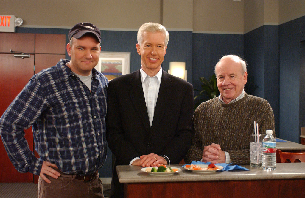 """. Former California Gov. Gray Davis, center, poses with actor Mike O\'Malley, left, and fellow guest star Tim Conway on the set of the CBS television show \""""Yes, Dear,\"""" in this Feb. 3, 2004 file photo, in Los Angeles. The year 2003 was most definitely a bad one for Davis, who became just the second governor in U.S. history to be recalled by the voters. But seven months later, Davis - a career politician known to most voters as a humorless, cardboard-stiff policy wonk - has crafted his misfortuneinto a surprisingly funny turn as a lovable loser. Davis made a cameo appearance on the sitcom \""""Yes, Dear\"""" as himself.  (AP Photo/ CBS, Monty Brinton)"""