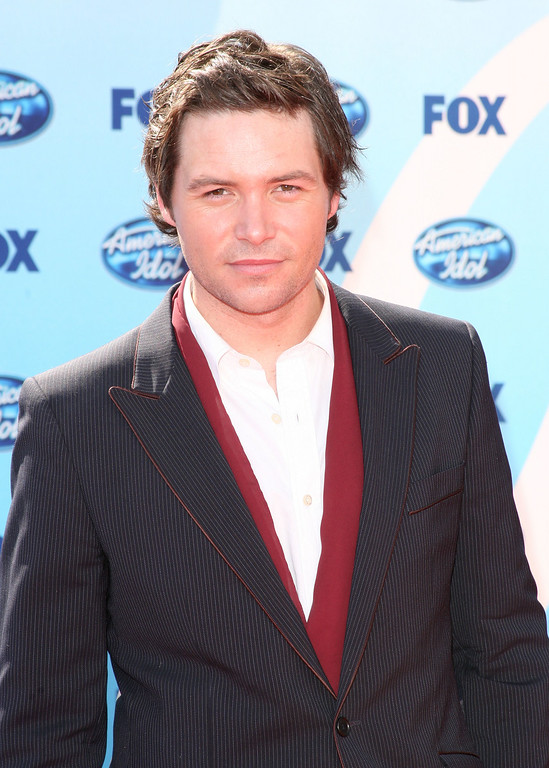 . Former contestant Michael Johns arrives at the American Idol Season 8 Grand Finale held at Nokia Theatre L.A. Live on May 20, 2009 in Los Angeles, California.  (Photo by Jason Merritt/Getty Images)