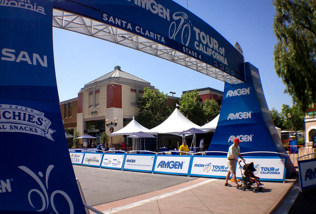 . All quiet at the start of stage 4 of the Amgen Tour of California at the Valencia Town Center mall Wednesday.  Stage 4 of the Amgen Tour of California started in Santa Clarita and ended in Santa Barbara.  Photo by David Crane/Staff Photographer