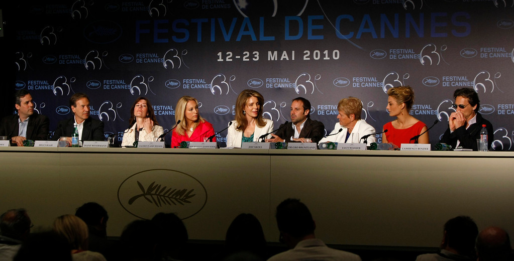 ". From left, executive producers Matt Brown, Bruce Blair, Diane Weyermann, former CIA officer Valerie Plame Wilson, Queen Noor of Jordan, executive producer Jeff Skoll, former Prime  Minister of Norway Dr. Gro Bruntland, director Lucy Walker, and producer Lawrence Bender attend a press conference for the film ""Countdown To Zero\"", at the 63rd international film festival, in Cannes, southern France, Sunday, May 16, 2010. (AP Photo/Mark Mainz)"