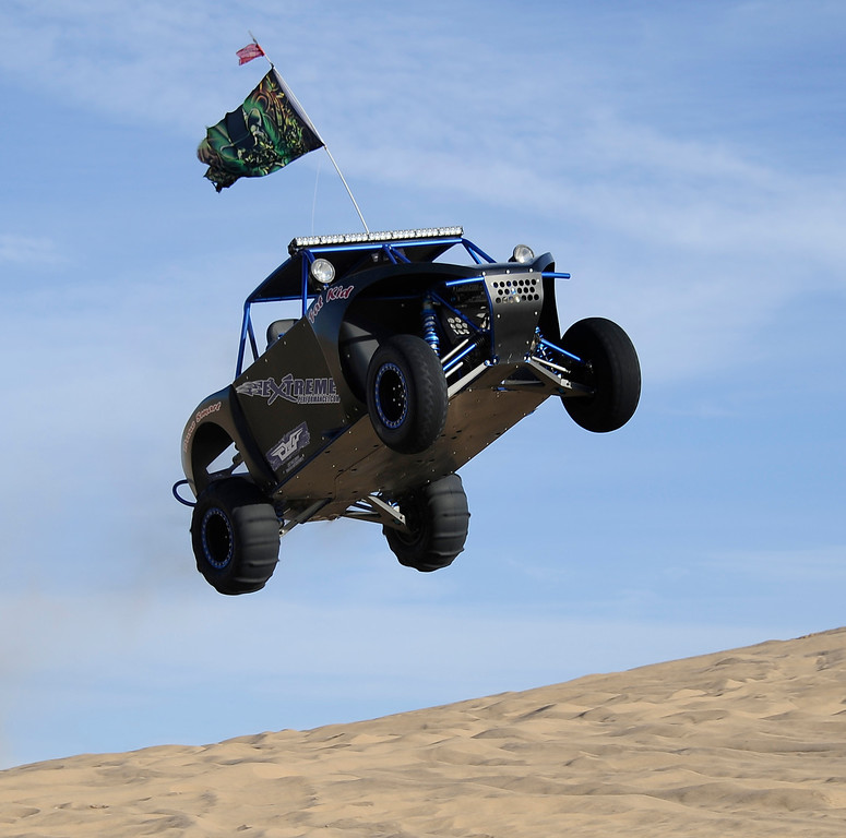 . Thousands of off-roaders enjoy the last final days of the thanksgiving weekend coming to a end in Glamis Friday November 29. Over 150,000 plus come out to sand dunes of Glamis in the Imperial Dunes county of southern California for the annual Thanksgiving Weekend gathering. Nov 29,2013. Glamis CA, Photo by Gene Blevins/LA DailyNews