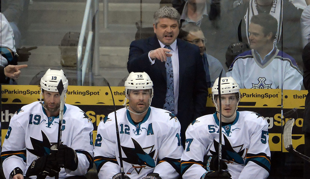 . San Jose Sharks head coach Todd McLellan, center during the first period in Game 4 of an NHL hockey first-round playoff series against the Los Angeles Kings at Staples Center in Los Angeles on Thursday, April, 24  2014.  (Keith Birmingham Pasadena Star-News)