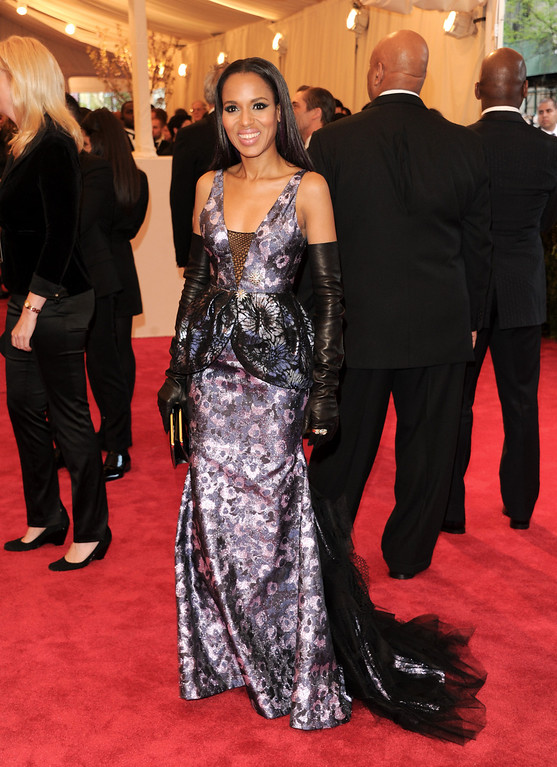 """. Kerry Washington attends The Metropolitan Museum of Art  Costume Institute gala benefit, \""""Punk: Chaos to Couture\"""", on Monday, May 6, 2013 in New York. (Photo by Evan Agostini/Invision/AP)"""