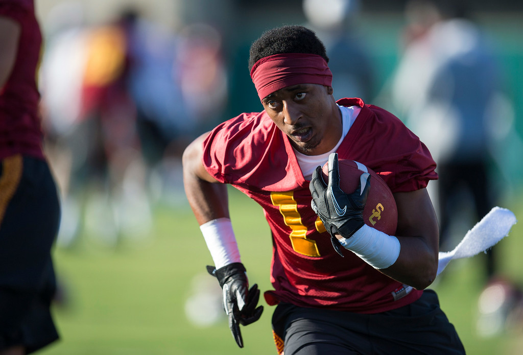 . Brennan Cassone #14  during practice at USC, Howard Jones Field on the USC campus in Los Angeles, Monday, August 4, 2014. (Photo by Hans Gutknecht/Los Angeles Daily News)