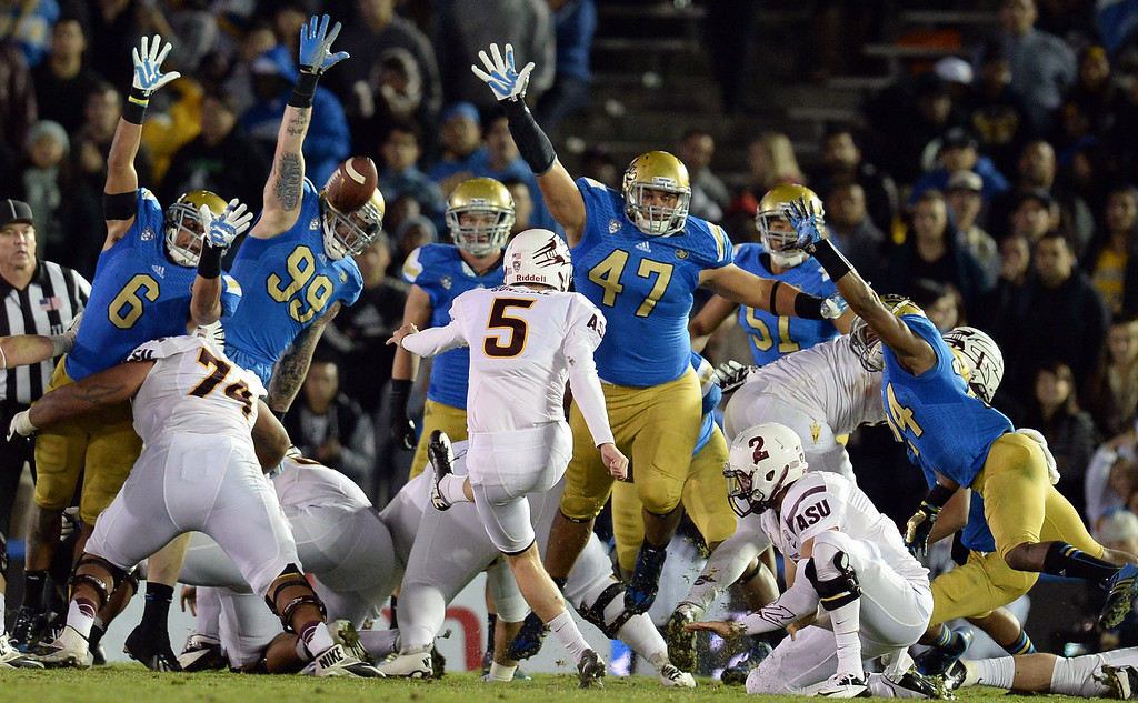 . Arizona State�s Zane Gonzalez #5 kicks a 28 yard field goal in the 3rd quarter during their game against UCLA at the Rose Bowl Saturday November 23, 2013. Arizona State beat UCLA 38-33. (Photos by Hans Gutknecht/Los Angeles Daily News)