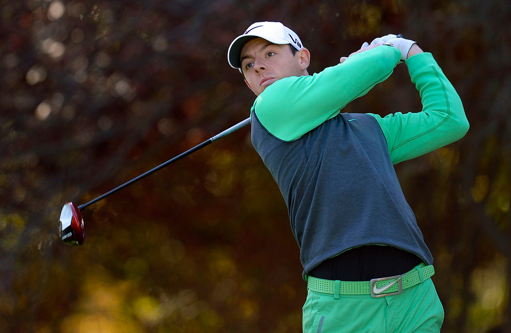 . Rory McIlroy hits a shot off the 2nd tee during the first-round of Tiger Woods\' Northwestern Mutual World Challenge at Sherwood Country Club in Thousand Oaks, CA Thursday December 5, 2013.(Andy Holzman/Los Angeles Daily News)