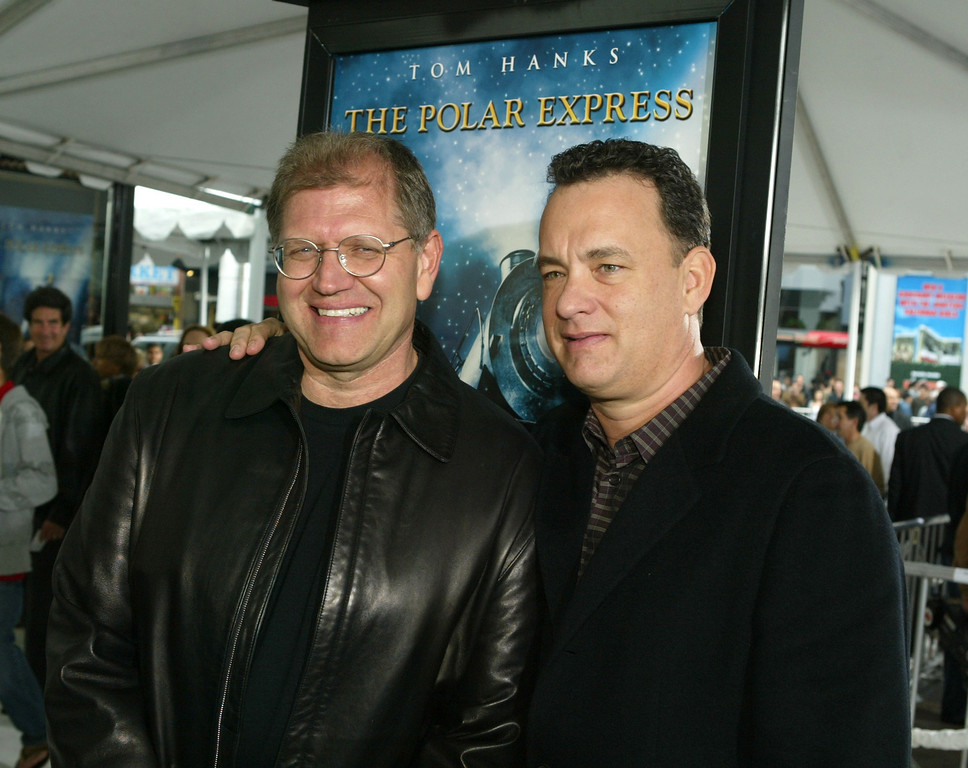 . Director/producer Robert Zemeckis and actor Tom Hanks arrive at the premiere of \'Polar Express\' and the Grauman\'s Chinese Theatre on November 7, 2004 in Hollywood, California. (Photo by Kevin Winter/Getty Images)