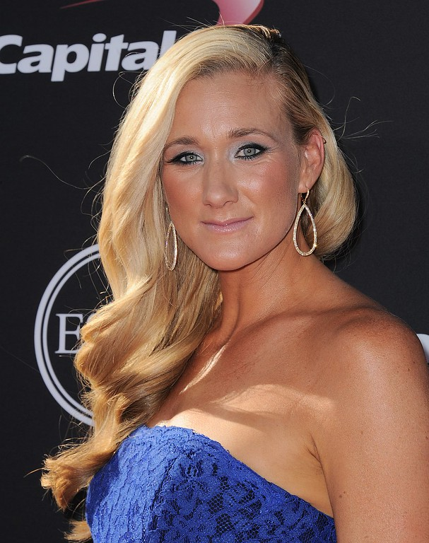 . Volleyball player Kerri Walsh arrives at the ESPY Awards on Wednesday, July 17, 2013, at Nokia Theater in Los Angeles. (Photo by Jordan Strauss/Invision/AP)