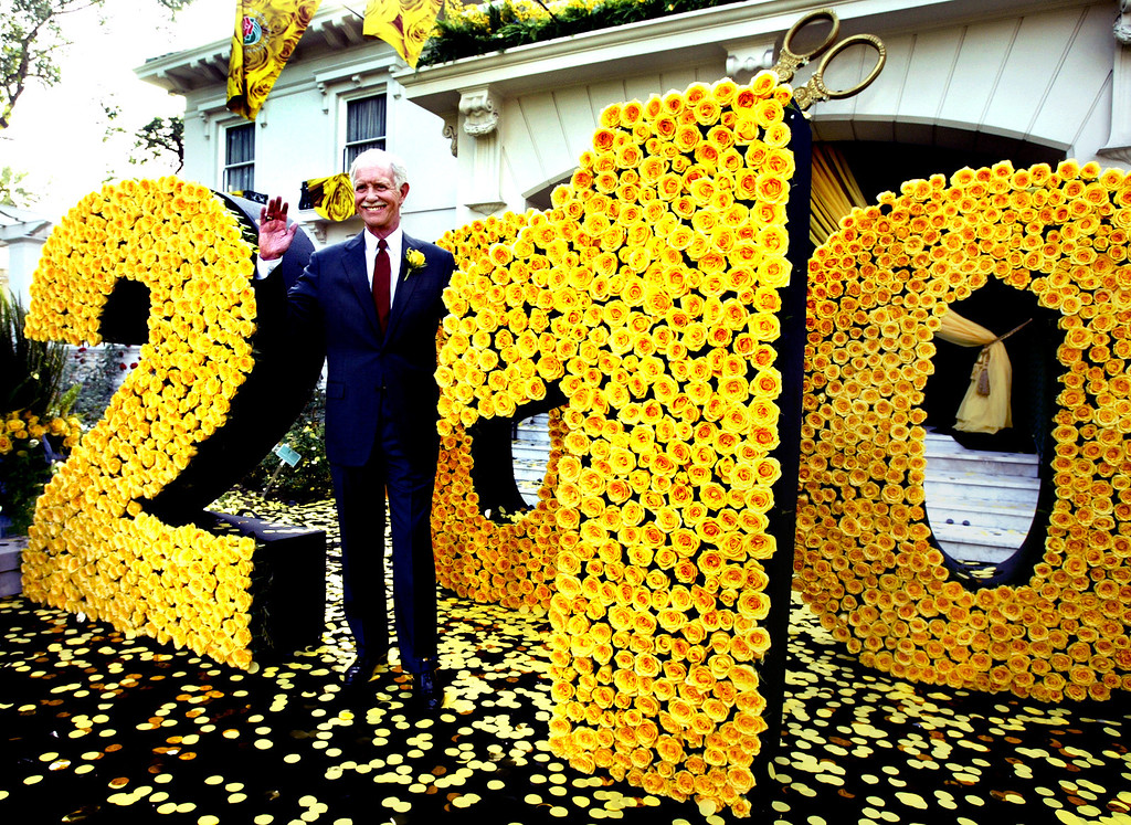 ". The Tournament of Roses revealed Thursday November 5, 2009, that the heroic pilot who masterfully landed US Airways Flight 1549, Captain Chesley B. ""Sully\"" Sullenberger, III will serve as the Grand Marshal for the 2010 Tournament of Roses festivities.  Themed 2010: A Cut Above the Rest, the 121st Rose Parade will pay tribute to everyday heroes and the effort to always improve and enhance.(SGVN/Photo by Walt Mancini/Pasadena Star News)"