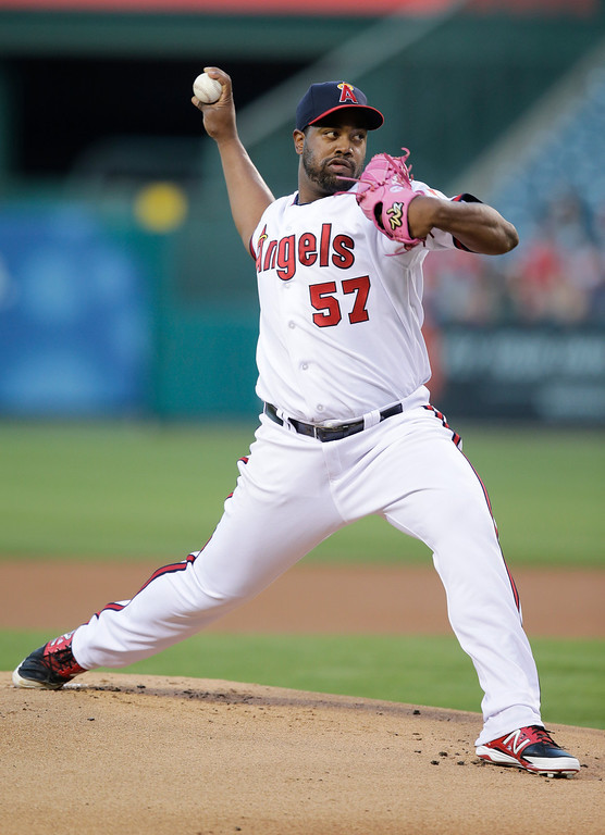 . Los Angeles Angels starting pitcher Jerome Williams throws against the Houston Astros during the first inning of a baseball game on Friday, Aug. 16, 2013, in Anaheim, Calif. (AP Photo/Jae C. Hong)