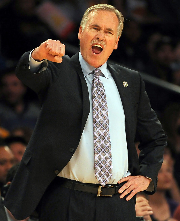 . Los Angeles Lakers head coach Mike D\'Antoni reacts in the first quarter during an NBA basketball game against Dallas Mavericks in Los Angeles, Calif., on Friday, April 4, 2014.  (Keith Birmingham Pasadena Star-News)