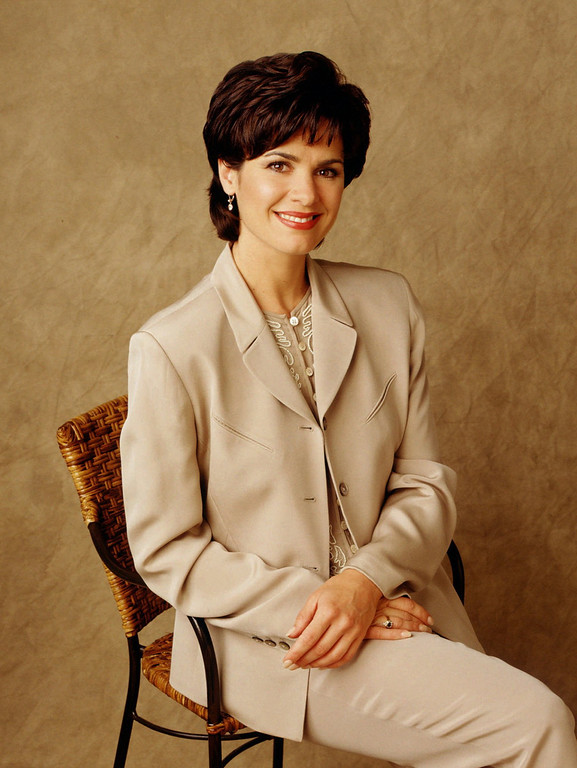 . This is an undated file photo of ABC\'s Elizabeth Vargas. Vargas.    (AP Photo/ABC)