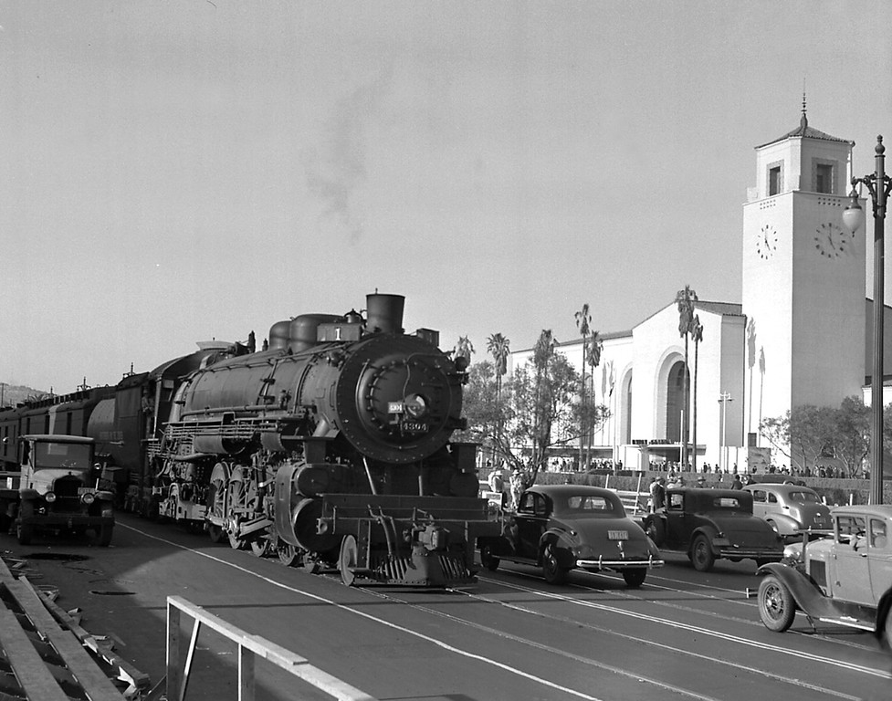 . Union Station opening day May 3, 1939 (Courtesy Los Angeles Railroad Heritage Foundation Collection)