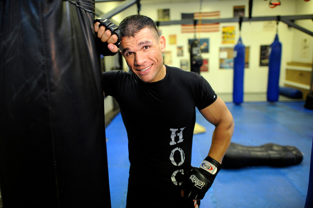 . UFC Fighter Eddie Mendez  trains at the House of Champions in Van Nuys. (Hans Gutknecht/Los Angeles Daily News)