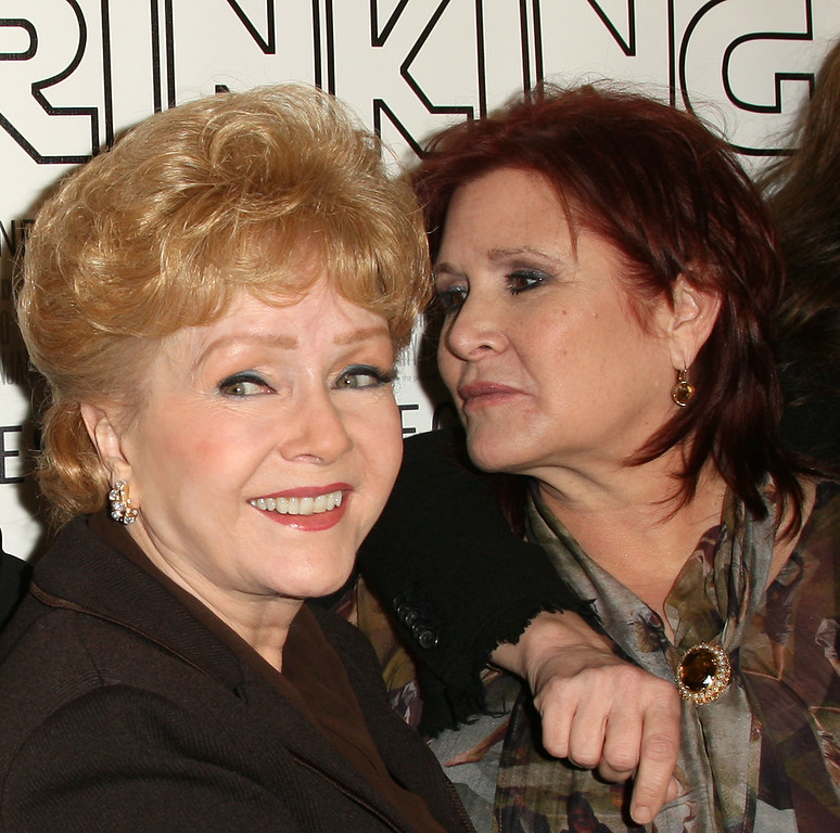 ". Actresses Debbie Reynolds (L) and Carrie Fisher attend the premiere of the HBO Documentary ""Wishful Drinking\"" at the Linwood Dunn Theater on December 7, 2010 in Hollywood, California.  (Photo by Frederick M. Brown/Getty Images)"