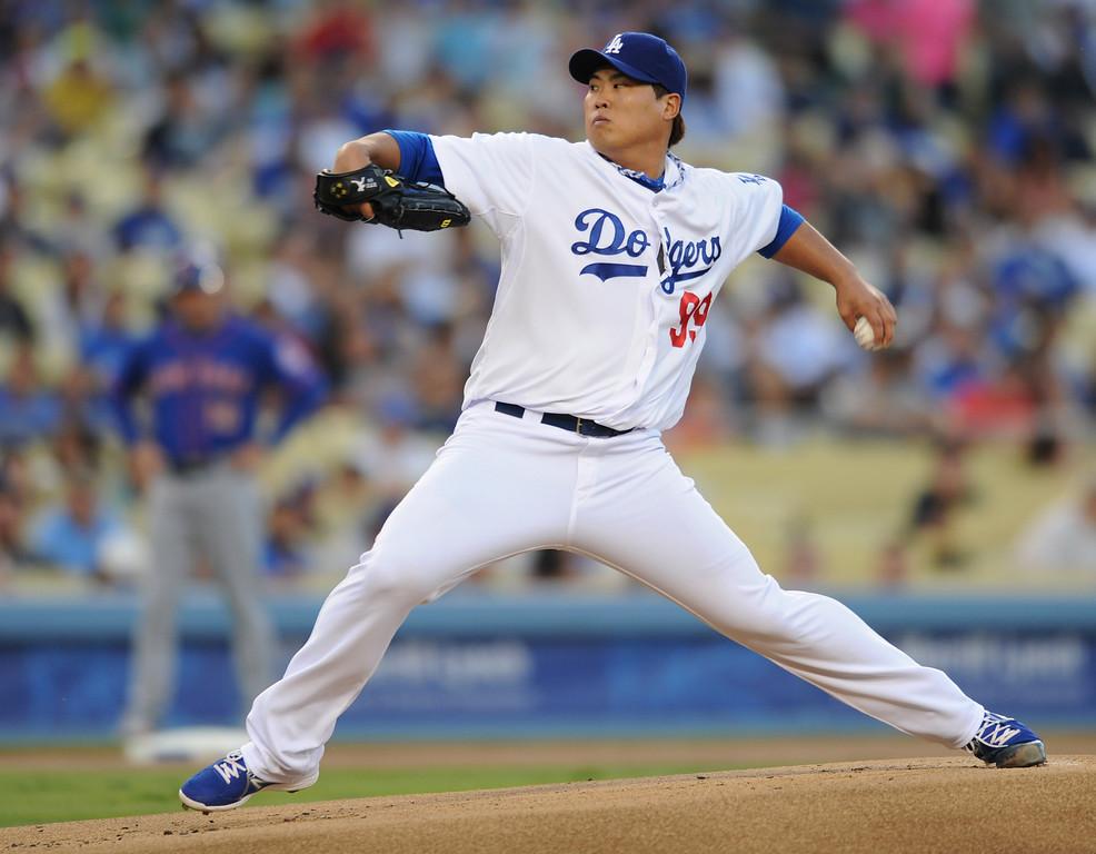 . <b>Hyun-Jin Ryu #99 | SP | Throws: L, Bats: R <br />GP: 30  GS: 30  QS: 22  W: 14  L: 8 </b> <b>SV: 0  HLD: 0  IP: 192.0  H: 182  ER: 64 </b> <b>HR: 15  BB: 49 S0: 154  WHIP: 1.20  ERA: 3.00</b> <br />(John McCoy/LA Daily News)