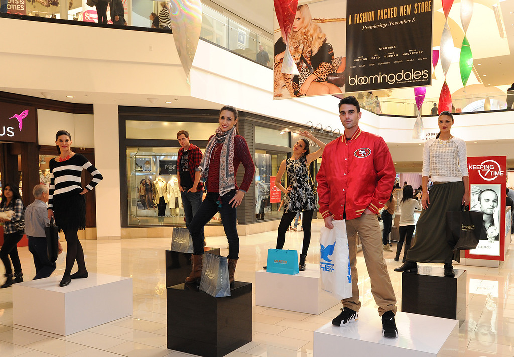 . The Glendale Galleria has completed a major renovation and is celebrating this weekend with a grand re-opening. Glendale, CA. 11/8/2013. photo by (John McCoy/Los Angeles Daily News)