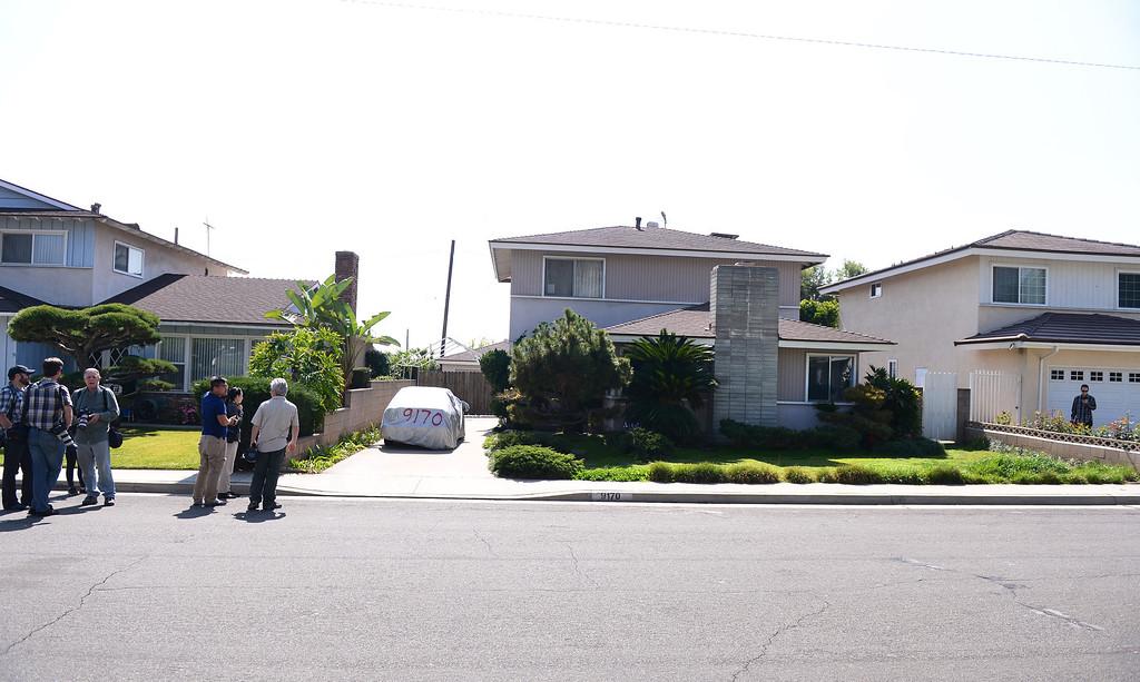 . Press waits on the street before Bitcoin founder Satoshi Nakamoto\'s Bidwell Street home in Temple City Thursday, March 6, 2014. (Photo by Sarah Reingewirtz/Pasadena Star-News)