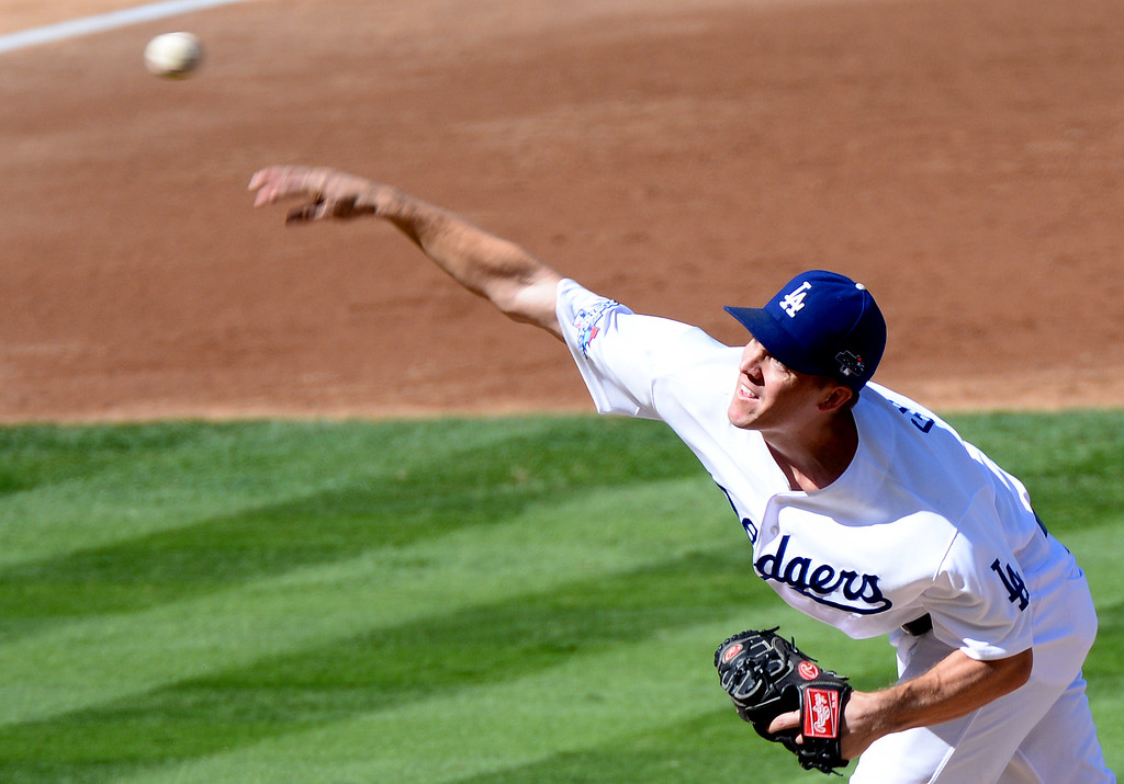 . Los Angeles Dodgers\' pitcher Zack Greinke pitches to the St. Louis Cardinals in game 5 of the NLCS at Dodger Stadium Wednesday, October 16, 2013. (Photo by Sarah Reingewirtz/Los Angeles Daily News)