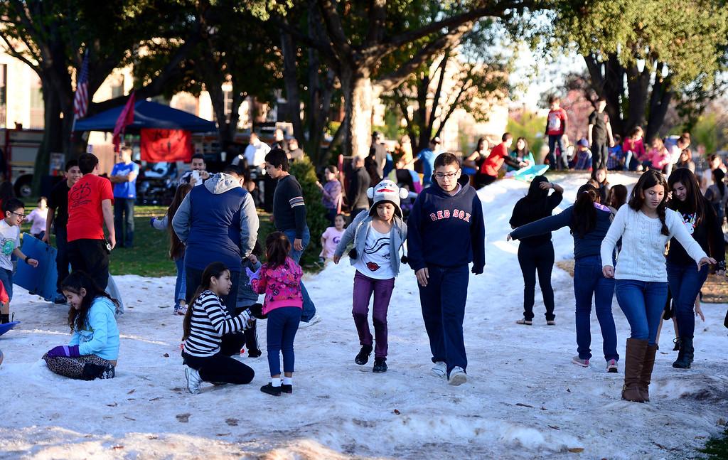 . Montebello holds their annual Winter Wonderland at Montebello City Park Saturday, December 14, 2013. (Photo by Sarah Reingewirtz/Pasadena Star-News)