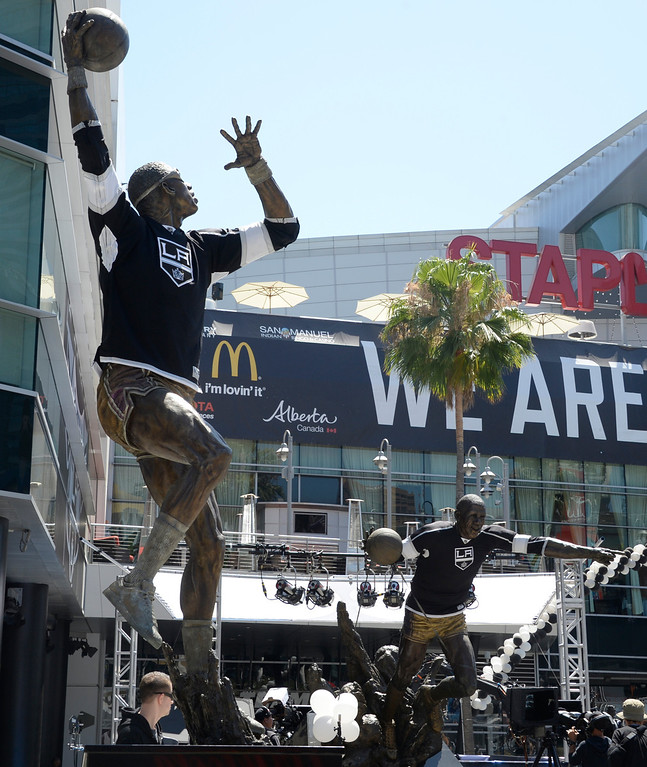 . June 13,2014. Los Angeles. CA. All the statues have LA Kings shirts on them, as thousands of LA King fans arrive hours early at Staples Center for game 5 of the Stanley Cup Playoffs. Photo by Gene Blevins/LA DailyNews