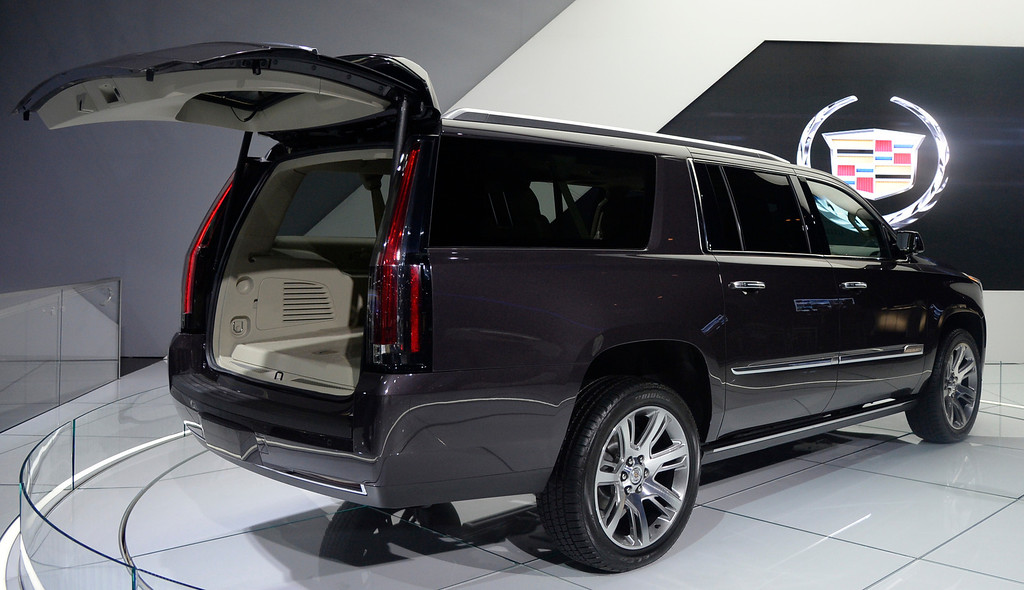 . Nov 22,2013 Los Angeles CA. The new 2014 Cadillac Escalade on displays during the 2nd media day at the Los Angeles Auto Show. Photo by Gene Blevins/LA Daily News