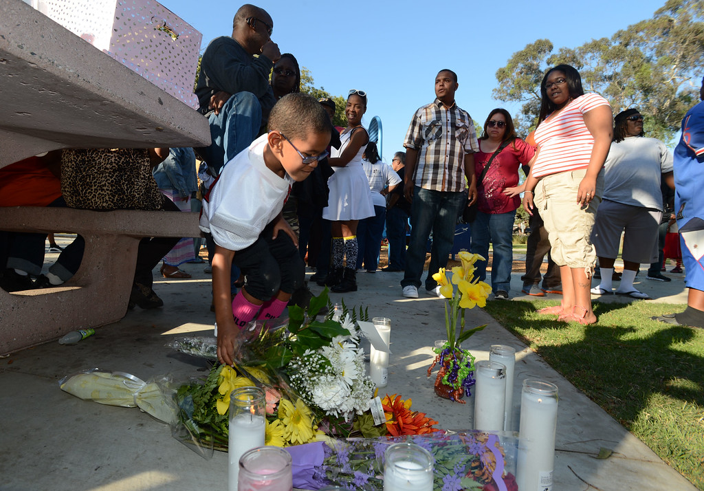 . Long Beach, Calif., -- 10-12-13- The spot where teacher Kellye Taylor,53, was fatally  stabbed in front of her students, at Orizaba Park  Friday October 11th 2013. Friends and family gathered at the park Saturday afternoon.    Stephen Carr/  Daily Breeze