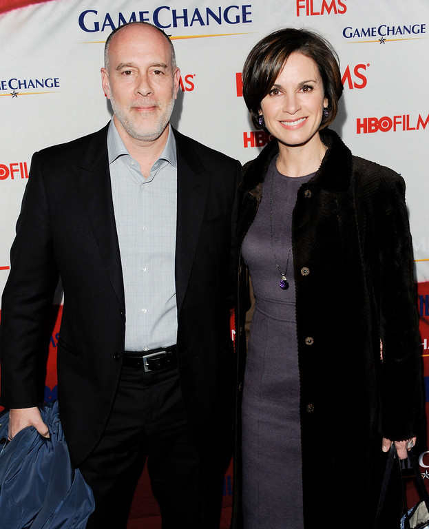 ". Singer Marc Cohn and wife Elizabeth Vargas attend the premiere of HBO Films\' ""Game Change\"" at the Ziegfeld Theatre on Wednesday, March 7, 2012 in New York. (AP Photo/Evan Agostini)"