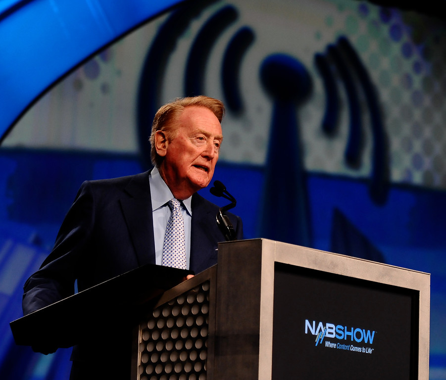 . Los Angeles Dodgers Sportscaster Vin Scully was Inducted  to the radio NAB Broadcasting Hall of Fame during the second day of the 2009 NAB show in Las Vegas NV. April 21.2009. (Photo by Gene Blevins/LA Daily News)