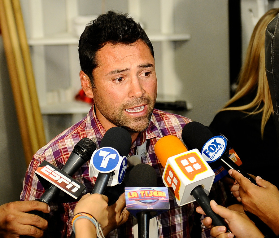 . Former professional boxer and promoter Oscar De La Hoya makes his first public appearance after being in rehab for several months at the Canelo Alvarez  media work out  today in Big Bear Lake CA. Oscar De La Hoya has fully recovered from his substance abuse and is back to promote boxing with his company Golden Boy Productions  that has two big fights coming up in Los Angeles and Las Vegas on September 17th. Big Bear Lake, CA. Aug 23, 2011.photo by Gene Blevins/LA DAILY NEWS