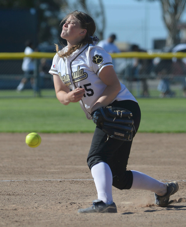 . Peninsula\'s Cassie Lajeunesse (15) delivers a pitch to Arroyo Grande and held them scoreless in a CIF Southern Section Division III wild-card softball game in Rolling Hills Estates Tuesday. Peninsula won the game 13-0. 20130514 Photo by Steve McCrank / Staff Photographer