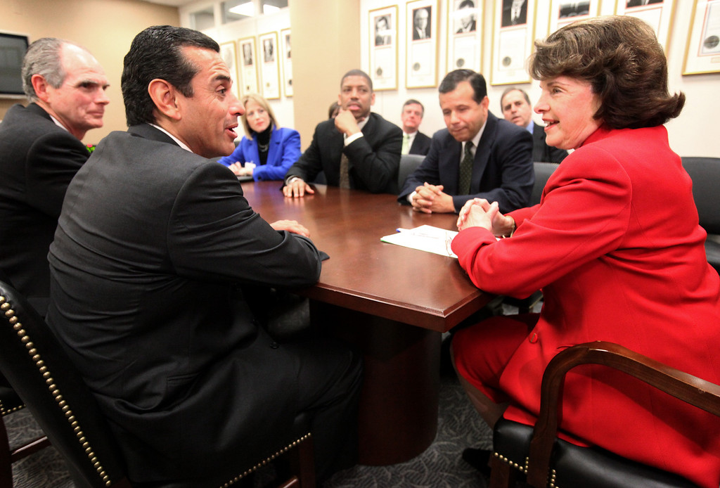 . Sen. Dianne Feinstein, D-Calif., right, meets with California mayors on Capitol Hill in Washington , Wednesday, Feb. 11, 2009. From left are, San Jose Mayor Chuck Reed,  Los Angeles Mayor Antonio Villaraigosa,  Fresno Mayor Ashley Swearengin, Sacramento Mayor Kevin Johnson, Santa Ana Mayor Miguel Pulido, and Feinstein.  (AP Photo/Haraz N. Ghanbari)