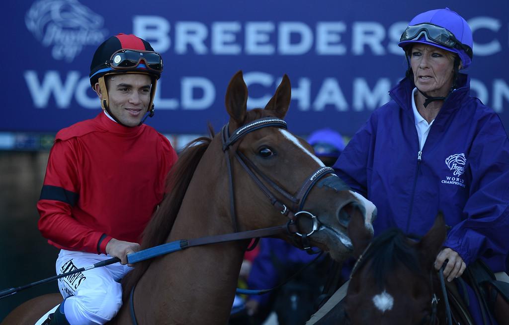 ". Jockey Joel Rosario atop \""Rosalind\"" prior to the fourth race during the Breeders\' Cup at Santa Anita Park in Arcadia, Calif., on Saturday, Nov. 2, 2013.    (Keith Birmingham Pasadena Star-News)"