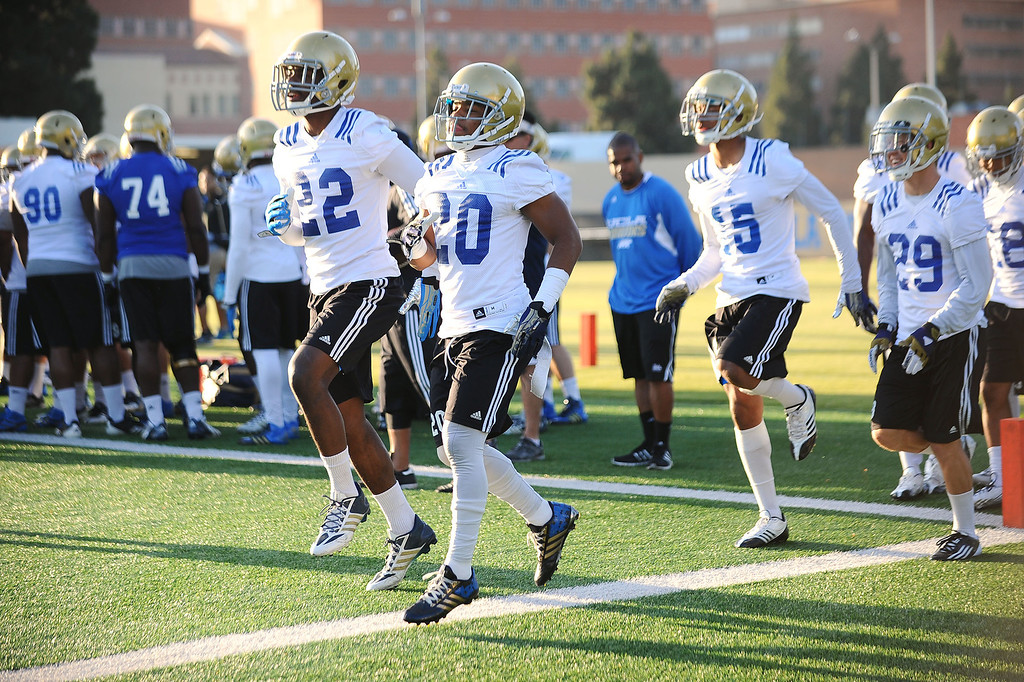 . UCLA football players on the final day of spring practice Thursday, April 24, 2014.(Andy Holzman/Los Angeles Daily News)