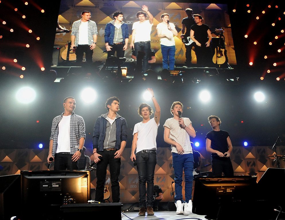. One Direction perform at Z100\'s Jingle Ball 2012 presented by Aeropostale at Madison Square Garden on Friday Dec. 7, 2012 in New York. (Photo by Evan Agostini/Invision/AP)