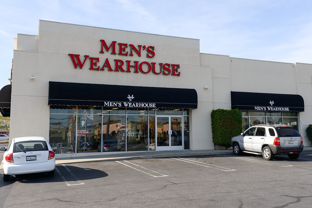 . Men\'s Wearhouse occupies where the earthquake damaged The Wherehouse record store was on Tampa Avenue south of Nordhoff Street in Northridge. (Photo by Michael Owen Baker/L.A. Daily News)