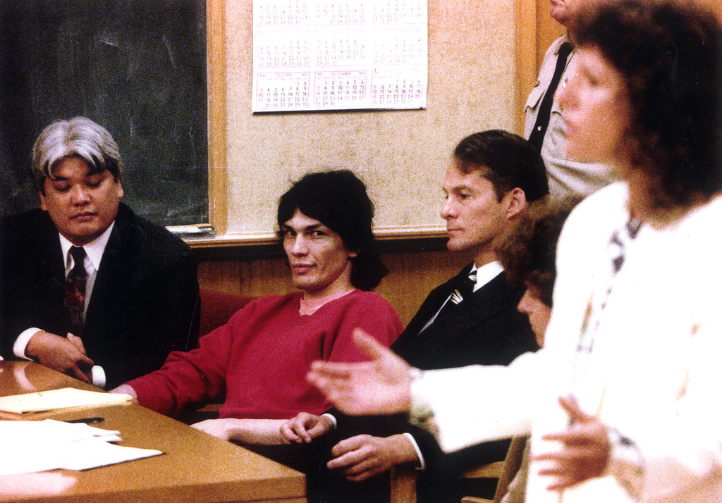 """. \""""Night Stalker\"""" Richard Ramirez, left, at a court hearing, was ordered transferred from San Francisco County jail to San Quentin\'s Death Row.  (Daily News file photo)"""
