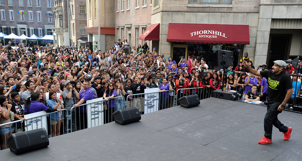 """. LAUSD\'s program \""""Beyond The Bell,\"""" held a talent show and competition on the Paramount Studios Lot. Stages were set among streets replicating New York City, where kids from 49 Junior High and High Schools danced, sang, played instruments and gave spoken work performances to compete for more than $40,000 in scholarships. Hollywood , CA 5/11/2013(John McCoy/LA Daily News)"""