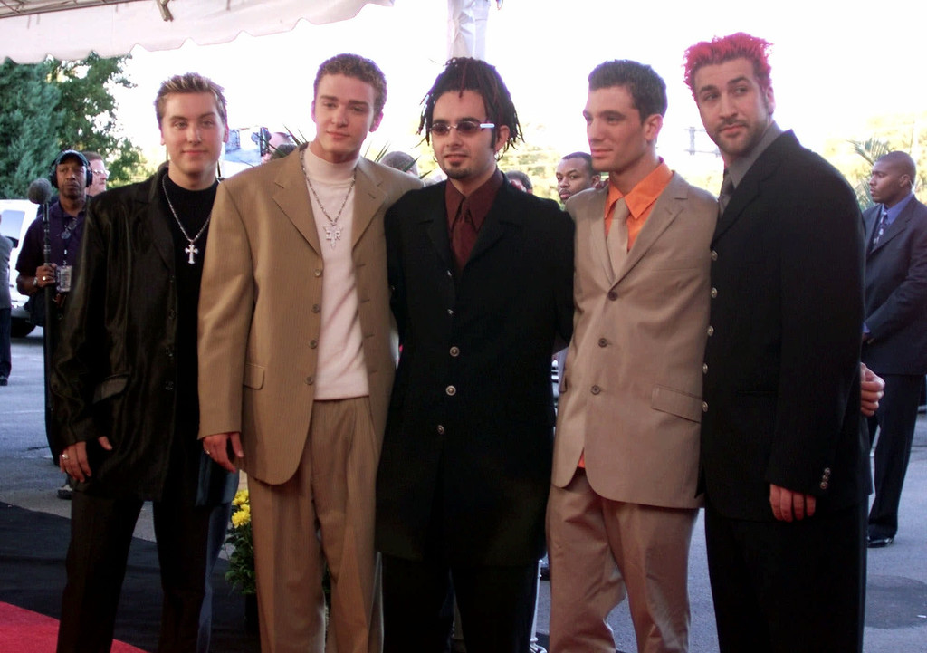 . Pop group \'N Sync arrives for the Country Music Association Awards show in Nashville, Tenn., Wednesday, Sept. 22, 1999. From left are Lance Bass, Justin Timberlake, Chris Kirkpatrick, J.C. Chasez and Joey Fatone. (AP Photo/Michael S. Green)