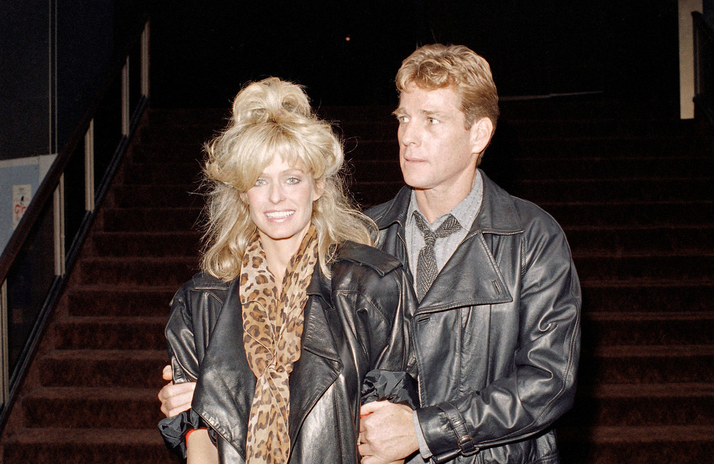 . Actress Farrah Fawcett together with actor Ryan O\'Neal taken at Hollywood screening of ?Irreconcilable Differences? in Los Angeles on Sept. 24, 1984. (AP Photo/Harms)