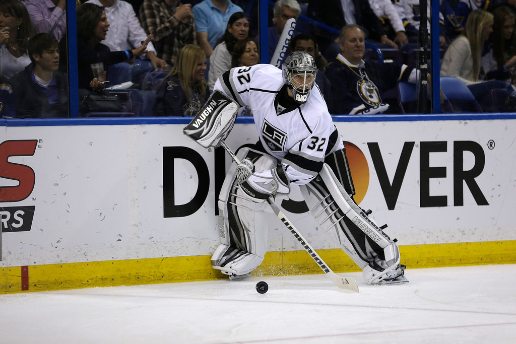. Los Angeles Kings goalie Jonathan Quick during the second period in Game 5 of a first-round NHL hockey Stanley Cup playoff series against the St. Louis Blues , Wednesday, May 8, 2013, in St. Louis. (AP Photo/Jeff Roberson)
