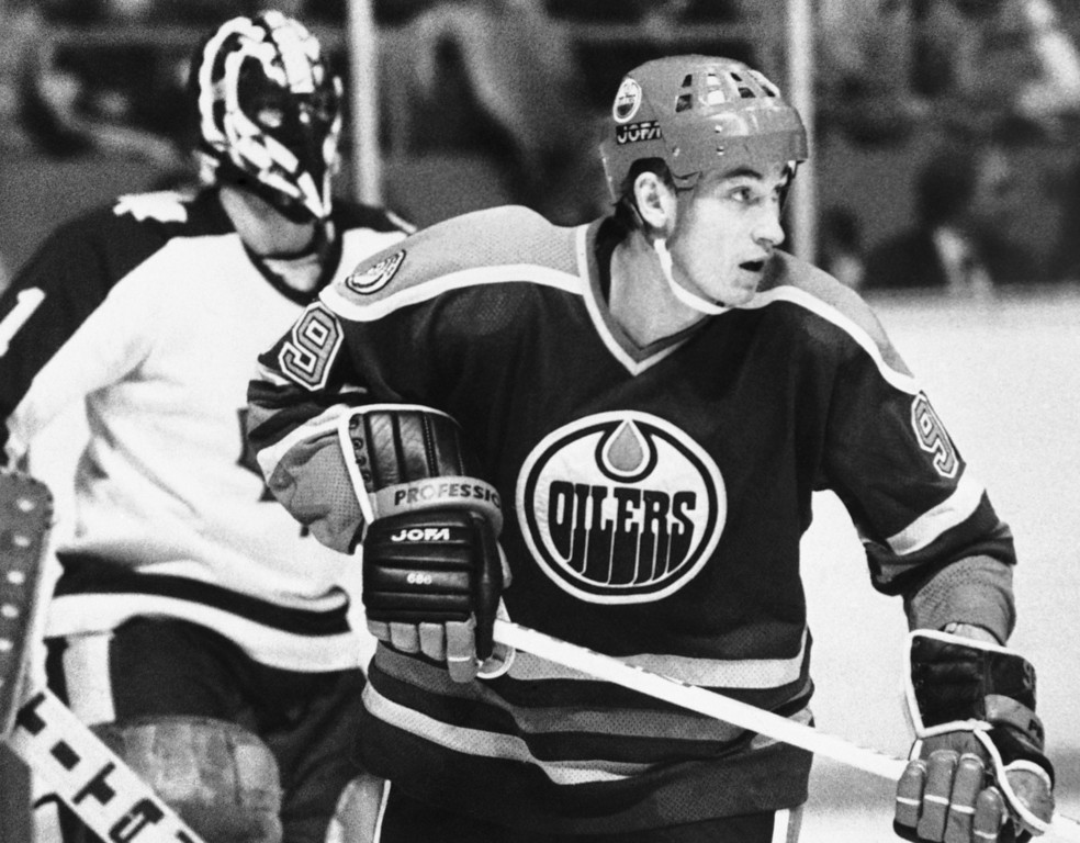 . Wayne Gretzky of the Edmonton Oilers in action in an undated photo. (AP Photo)